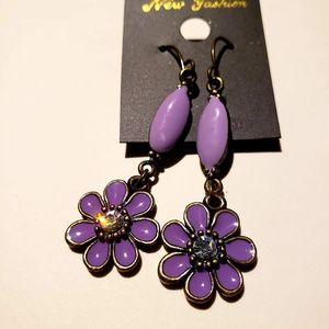 3/$20 Handmade Korea purple flower earrings